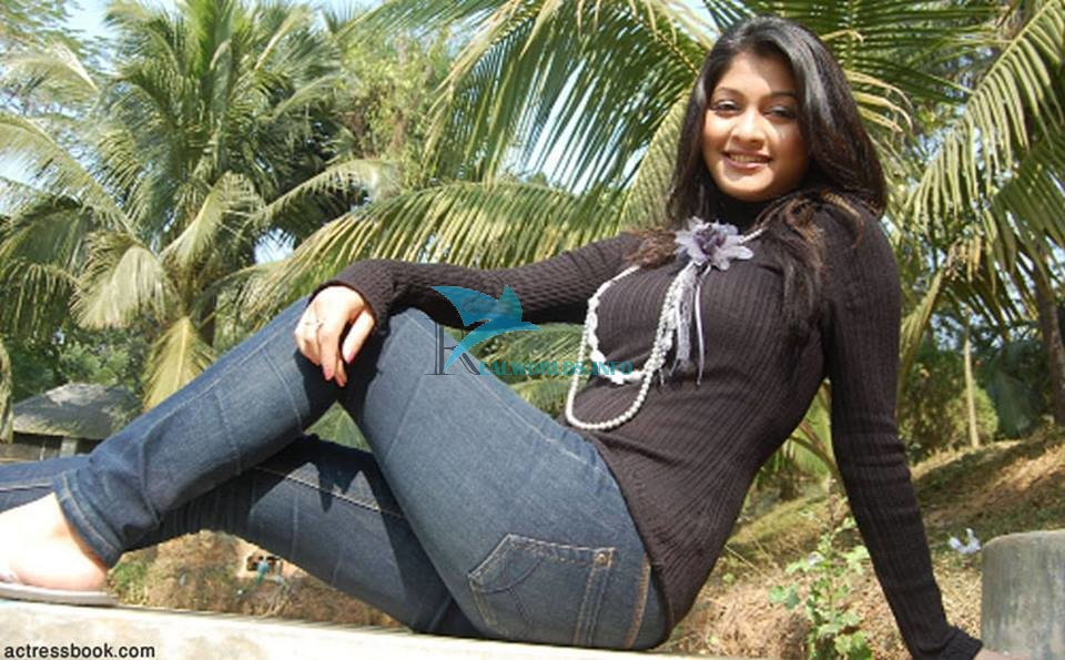 sarika sabrin biography